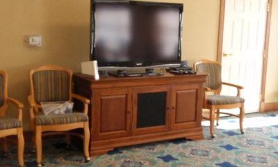 TV in Cardinal Room